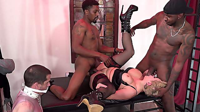 Mistress Ryan Keely fully humiliates her cuckold with black bulls